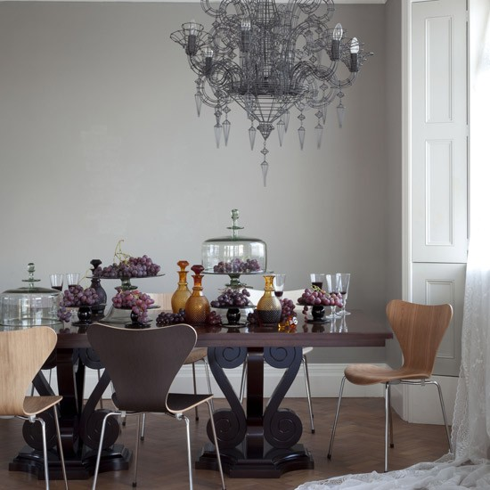 gothic-dining-room.jpg