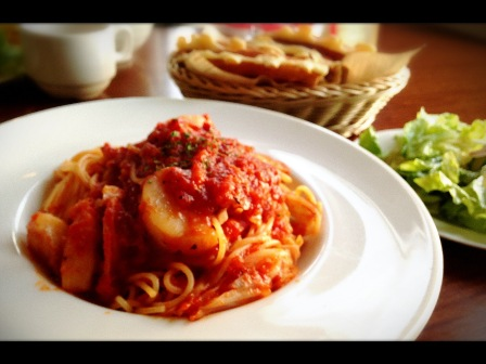 デッキカフェのトマトパスタ