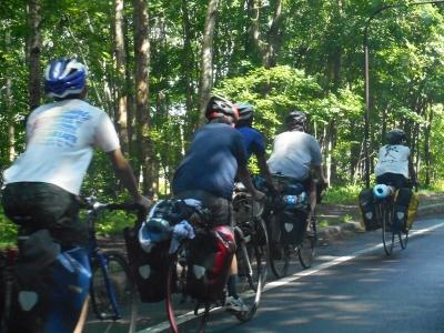 増えた自転車部隊