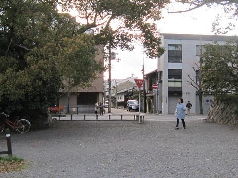 201-37.jpg