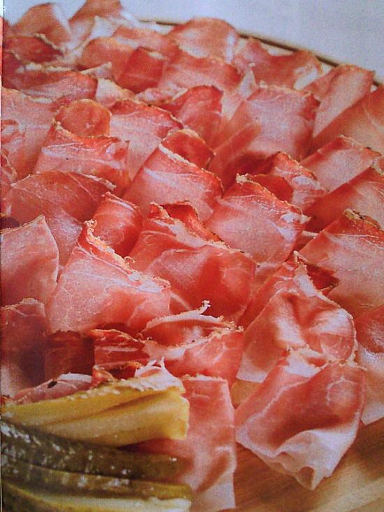 イタリアパルマ産の生ハムはビールとの相性抜群