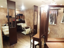 第1ラインビル hair rich style Genesis 店内3