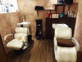 第1ラインビル hair rich style Genesis 店内2