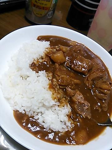 牛すじカレー&角ハイボール 010