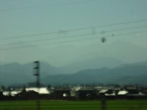車窓から、立山連峰?