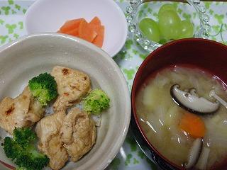 鶏の生姜焼き丼