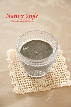 黒ゴマ豆乳ドリンク (233x350)