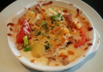 img20140525_彩り野菜とチキンのドリア.jpg
