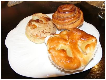 260621パンとワイン2(朝食パン)