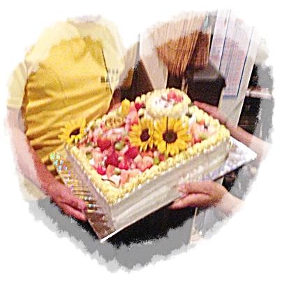 260628晩飯やこな13(ケーキ1)