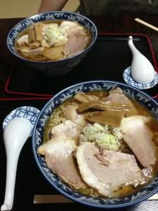 華月チャーシュー麺