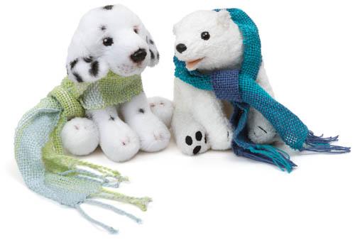 白熊白犬青マフラー