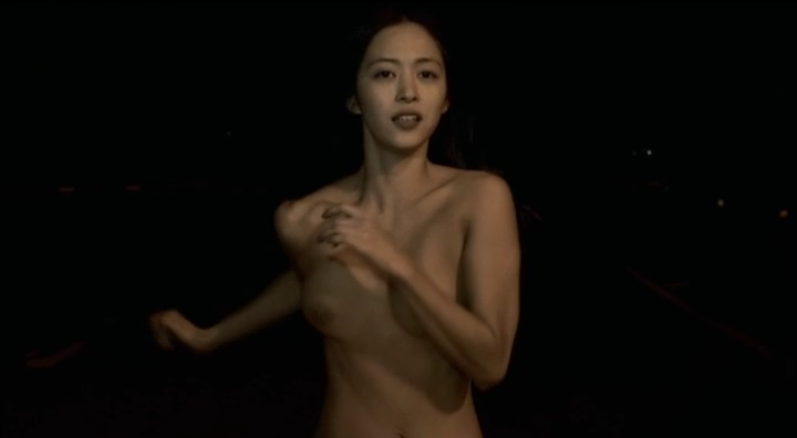 【受難】岩佐真悠子の濡れ場&素晴らしい(?)ヌード!走り明、右の乳首右寄り