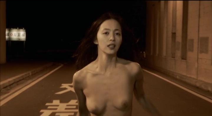 【受難】岩佐真悠子の濡れ場&素晴らしい(?)ヌード!走り明、両方乳首正面2