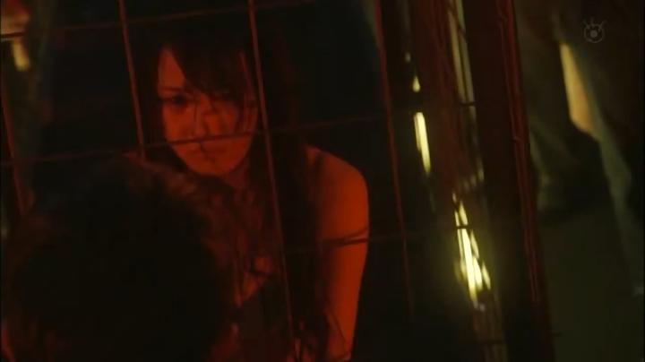 2代目【GTO】2部、百合原さつき(木崎ゆりあ)脱ぎ&キス、さつき下着(正面)5