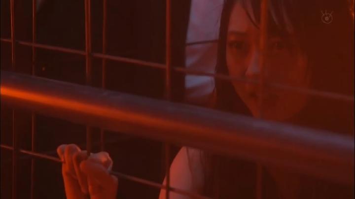 2代目【GTO】2部、百合原さつき(木崎ゆりあ)脱ぎ&キス、さつき下着(其の他)2