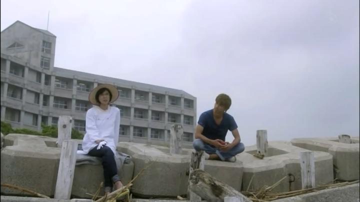 2代目【GTO】第2部第3話、第2部で鬼塚の相談に乗る桜井理事長