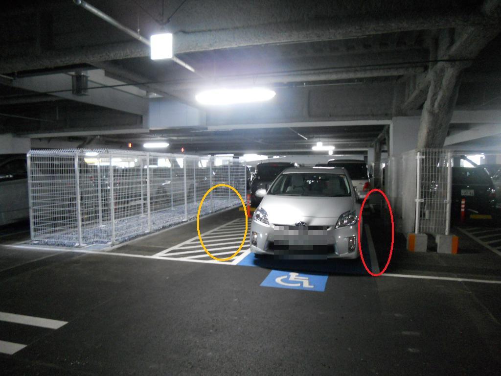 イオン幕張新都心でGモール車椅子専用駐車場の入り方、右側運転席専用