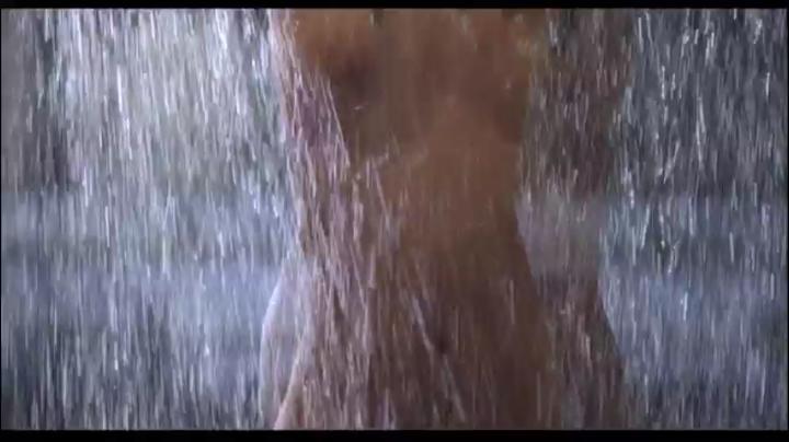 【555】園田真理が赤×ピンクでヌード&濡れ場…しかし…シャワーシーン1