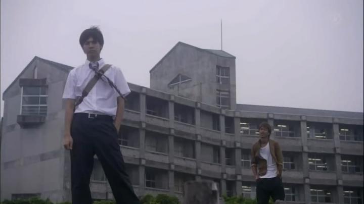 2代目【GTO】第2部第4話、第2部で「き~りた~にく~ん」と声を掛ける鬼塚