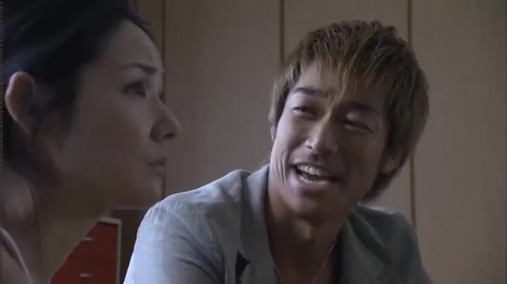 2代目【GTO】第2部第4話、1部の3話で村井の母ちゃんとダチに成った鬼塚