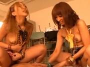ギャルJK・水城りあとAlice(鈴木ありす)が、パンツ泥棒をした男性教師をおもちゃにして弄ぶ【XVIDEOS】