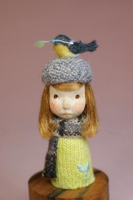 春をよぶとり・きいろセーター