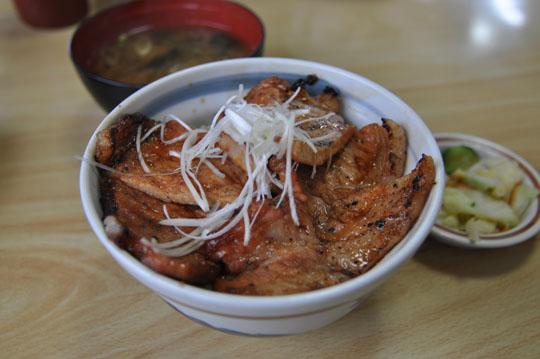 022いっぴん豚丼