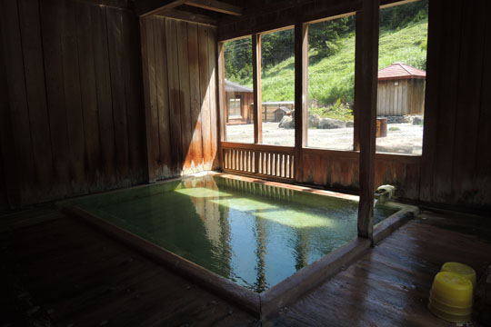 202野中温泉浴槽