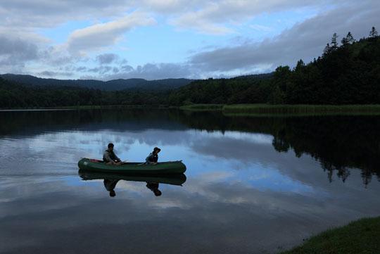 200チミケップ湖でカヌー2