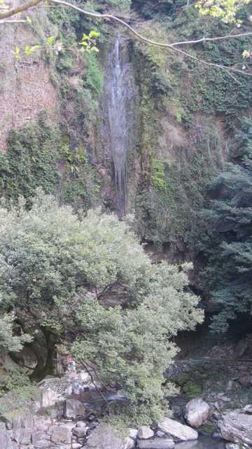 裏見の滝 3