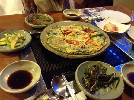 チヂミと前菜たち