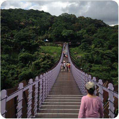 白石吊橋橋正面