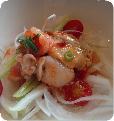 泰板燒海鮮サラダ