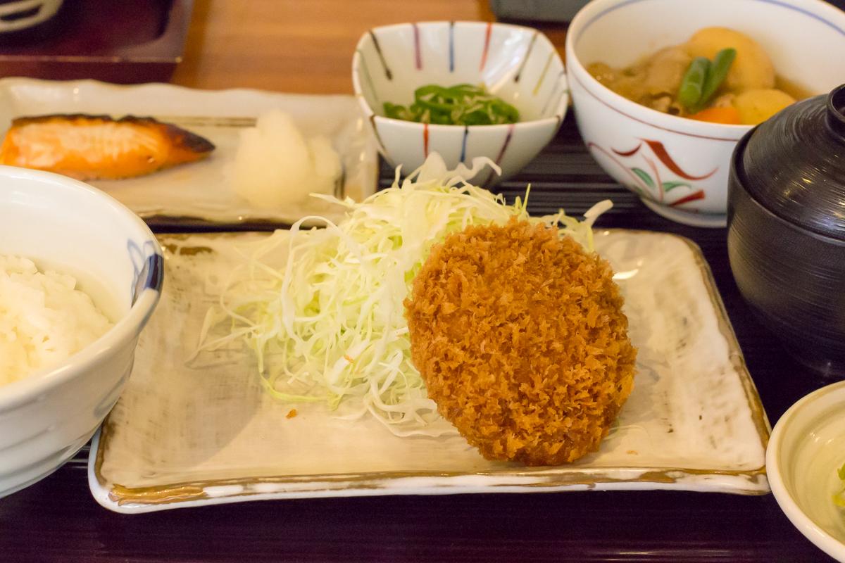まい泉青山本店(4)