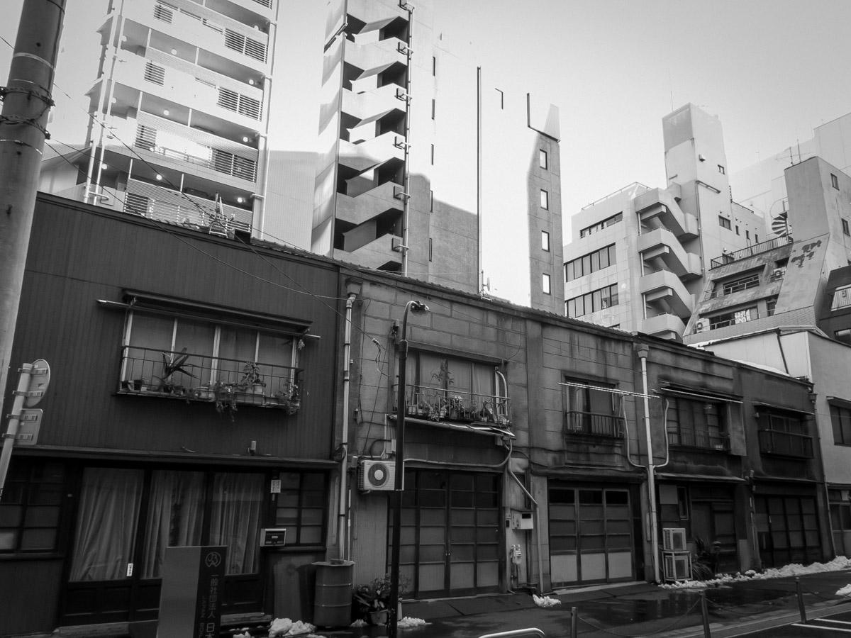 新橋散策(8)