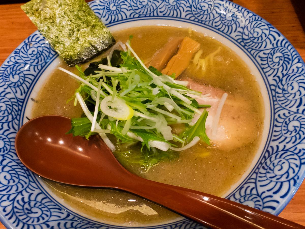 赤坂麺処友 あごだし醤油(1)