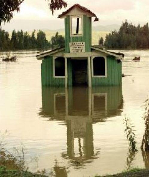 フロリダ、アラバマ州で大洪水 非常事態宣言も...アメリカで異常気象続く、竜巻・洪水・干ばつ