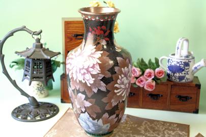 大きな七宝焼き花瓶