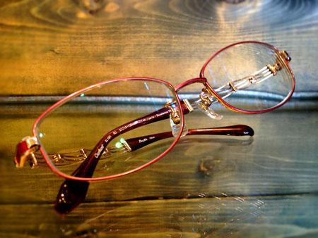 レディース 女性用 眼鏡 メガネ 上品な めがね 高級感のある jin's ジンズ 眼鏡市場 zoff ゾフ 新潟県 県内のおしゃれなメガネ屋 lineart ラインアート 新潟 オシャレ 長岡 三条 見附 上越