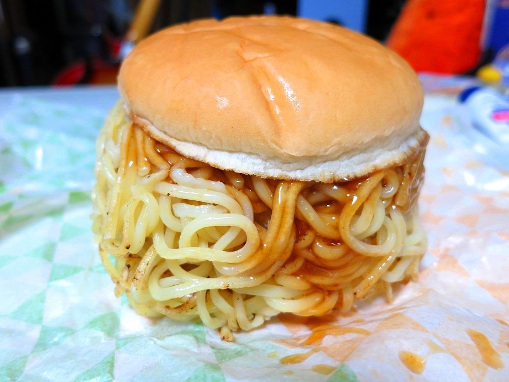 つけ麺バーガーメガ盛り1