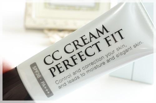 CCクリームパーフェクトフィット 美容液ファンデ