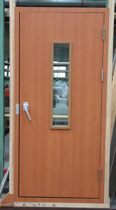 TK-TEI 20140820 DOOR