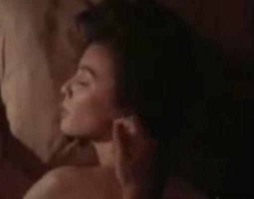 【篠ひろ子】耳を触られて感じまくる濡れ場
