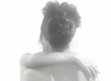 【希志真理子】全身をまさぐり合うレズ濡れ場映像
