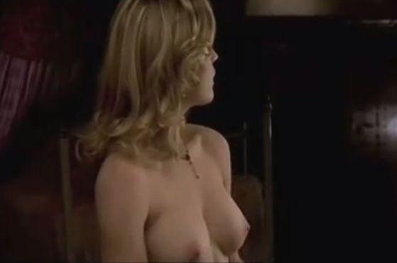 メリッサ・ジョージ 自らブラを外して美乳モロ出しのヌードシーン