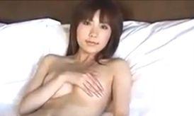 【桜木凛】セクシーすぎる手ブラ姿を公開