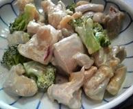 鶏もも肉のピリ辛マヨ