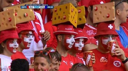 20140617(小)スイス人がチーズヘッド