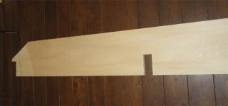 201407 仕切り壁に棚をつけます